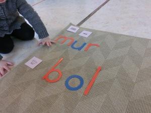 Montessori écrire