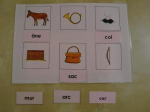 Montessori matériel de lecture
