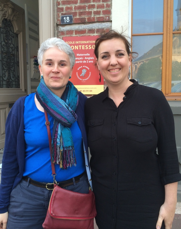 Géraldine, notre directrice-éducatrice française et Caroline, notre éducatrice anglophone.