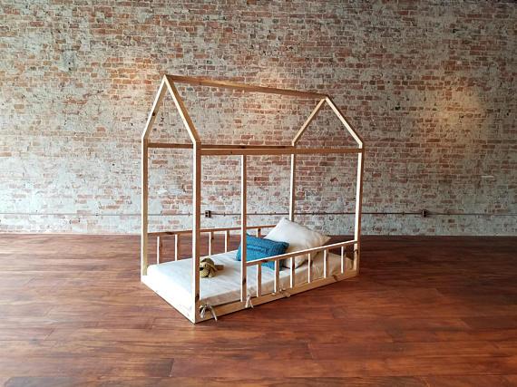 ne faites plus dormir les jeunes enfants dans des lits barreaux le blog de sylvie d 39 esclaibes. Black Bedroom Furniture Sets. Home Design Ideas